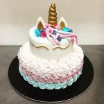 torta unicorno con panna